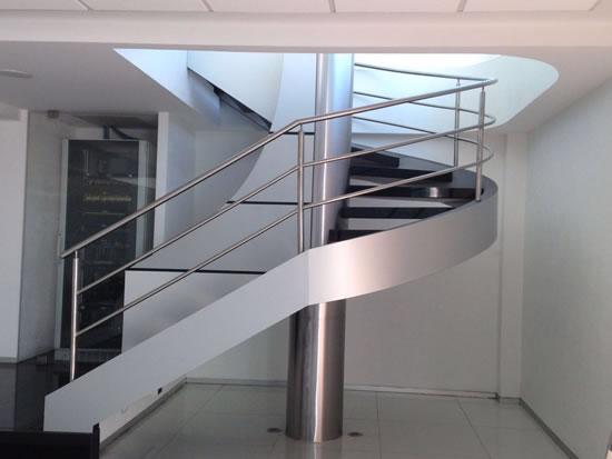 escaleras para oficinas